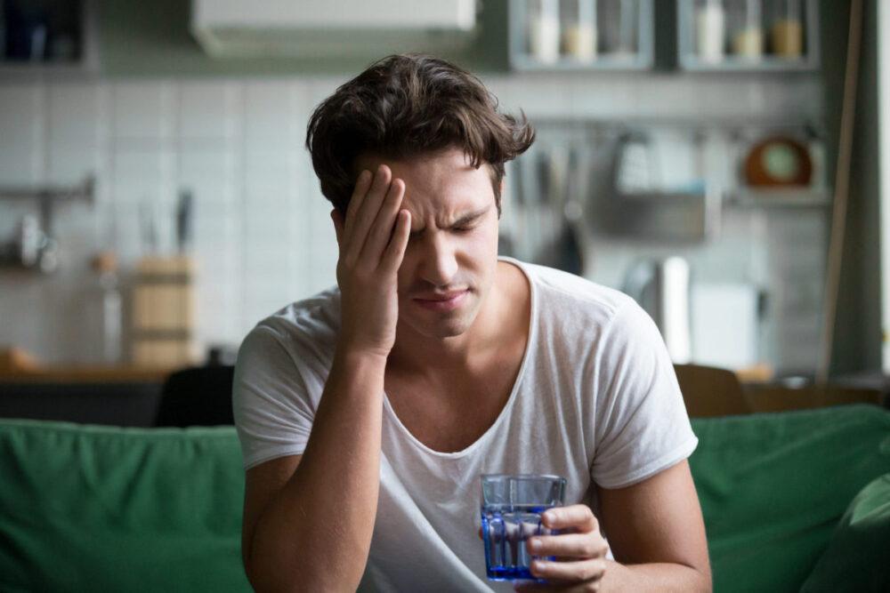 О похмелье: алкогольное похмелье, синдром похмелья, симптомы и лечение похмелья