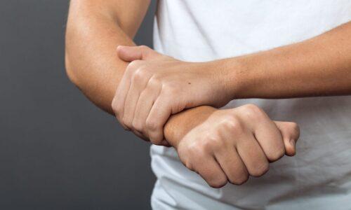 Что нужно делать, когда сводит руки с похмелья